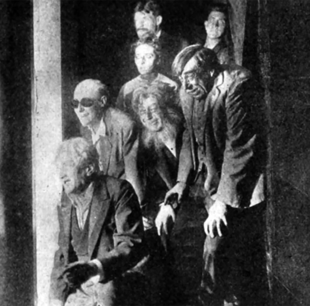 Still from The Lunatics (Leading Players, 1914).