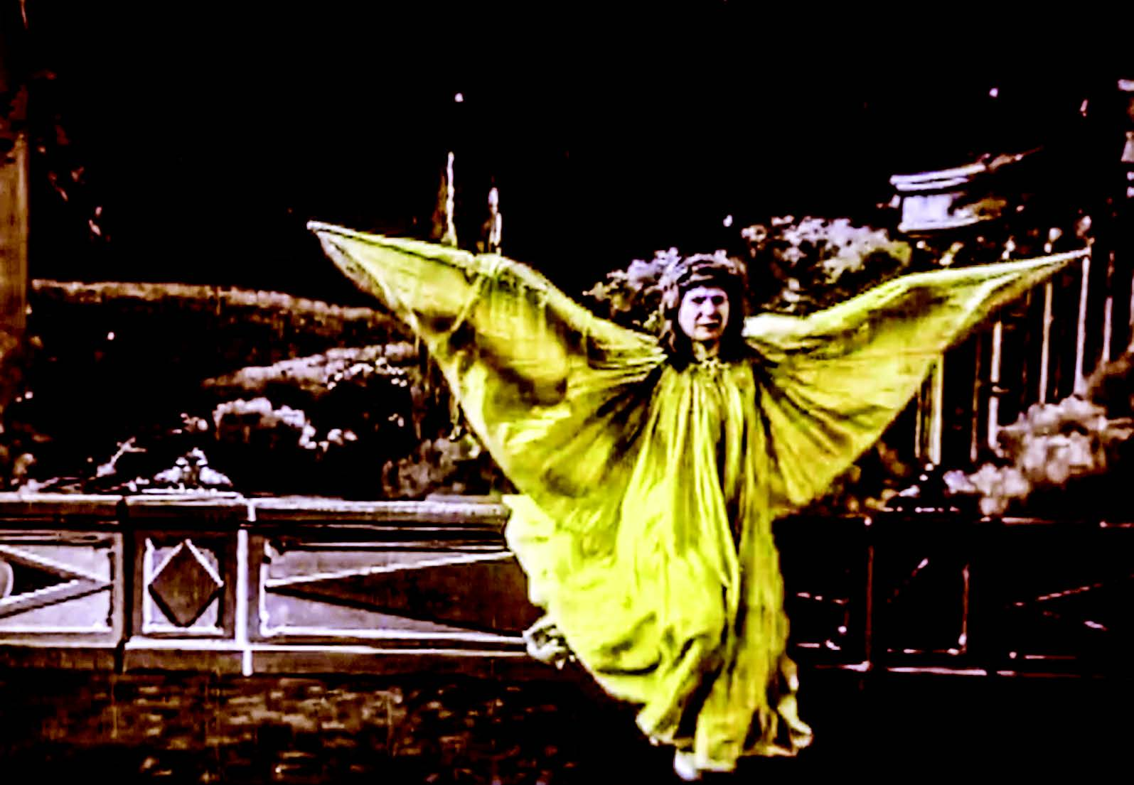 Frame from the Pathé Frères film Loïe Fuller, distributed in America in 1905.