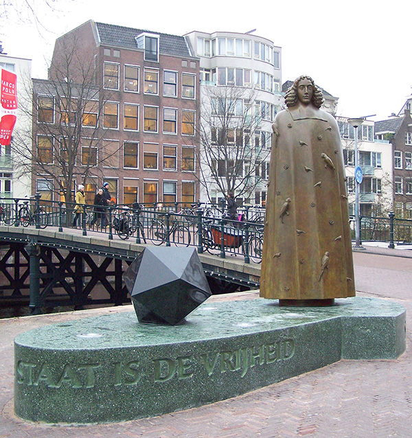 Photograph of a statue of Spinoza in Amsterdam