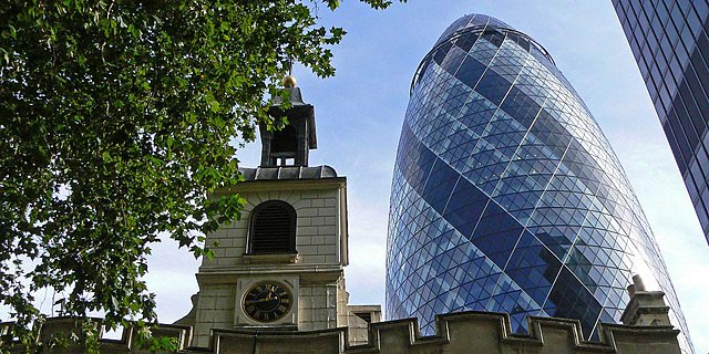 "Shakepeare - The church of St Helen's, Bishopsgate, London with ""The Gherkin"""